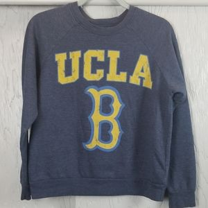 UCLA BRUINS sweater